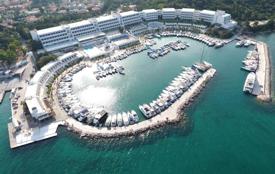 Altın Yunus Resort & Thermal