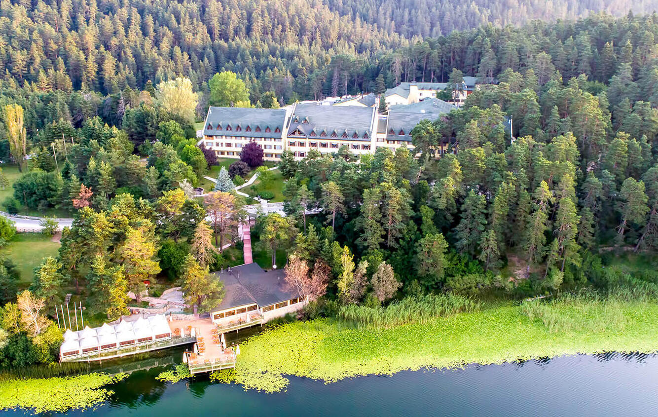 Büyük Abant Hotel